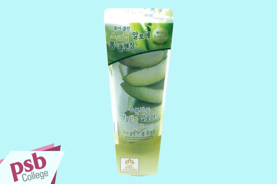 Sữa rửa mặt 3W Clinic Pure Clean Scrub Foam Cleansing Aloe