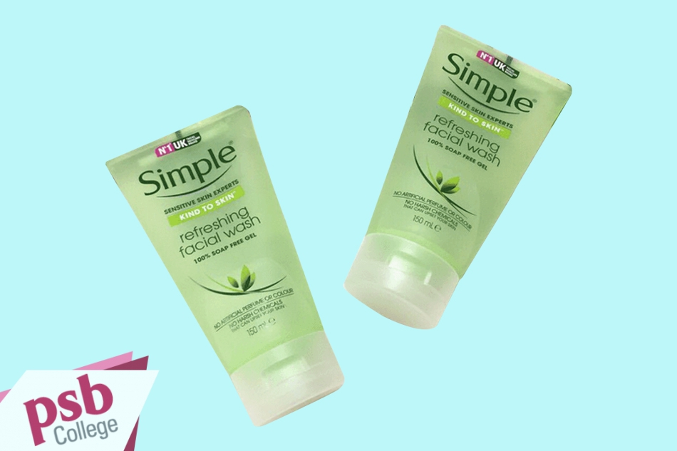 Sữa rửa mặt Simple kind to skin refreshing facial wash gel xuất xứ từ Anh