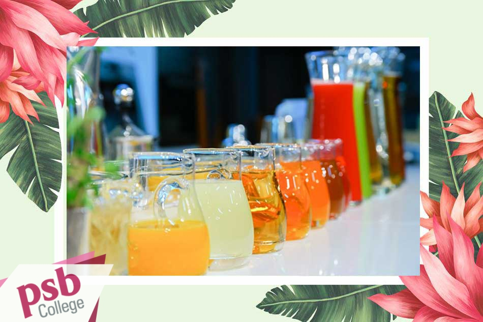 Những thực phẩm thường có Xanthan Gum trong thành phần là nước chấm salad, nước ép trái cây,