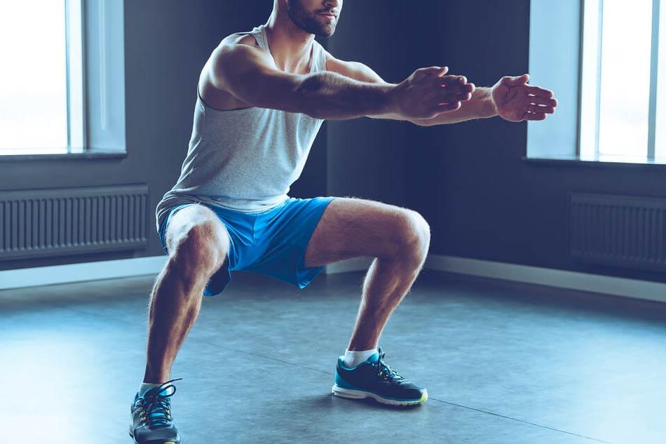 Bài tập squat cải thiện sức khỏe sinh lý nam