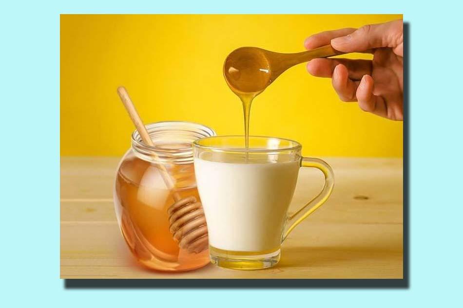 Kết hợp mật ong với sữa tươi